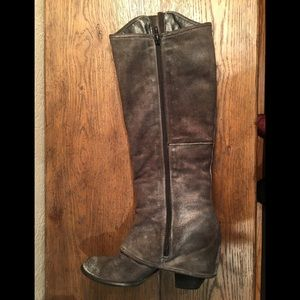 Shoes - Fergie gray suede boots size 7